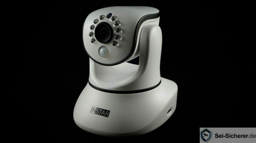 Instar-IN-8015-Full-HD-Ueberwachungskamera-Portraitshot