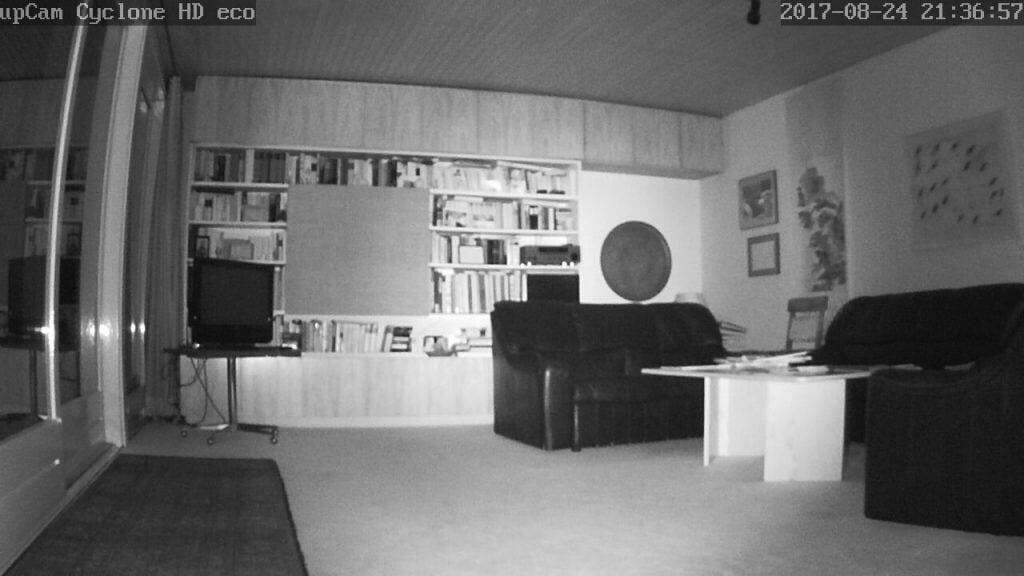 upCam Cyclone HD Eco Test Nachtaufnahmen