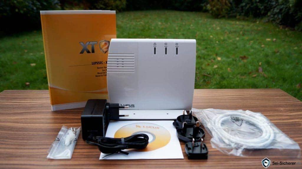Funkalarmanlagen-Test-Lupusec-XT2-Lieferumfang