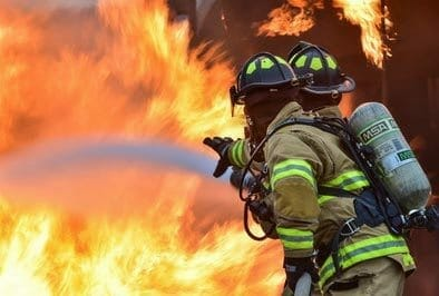 Feuerloescher-Test-Feuerwehr