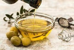 Oliven-Oel-Haushaltbild