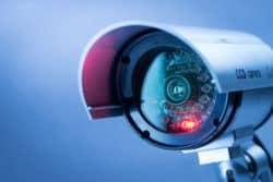 ueberwachungskamera-uebersichtsbild-von-vorne